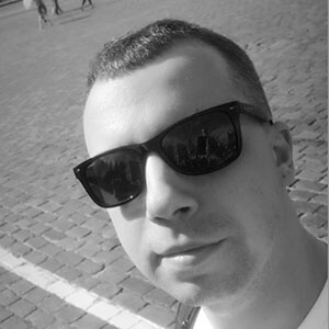 Александр Духовняк